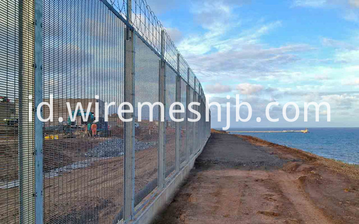 Galvanized 358 Fence